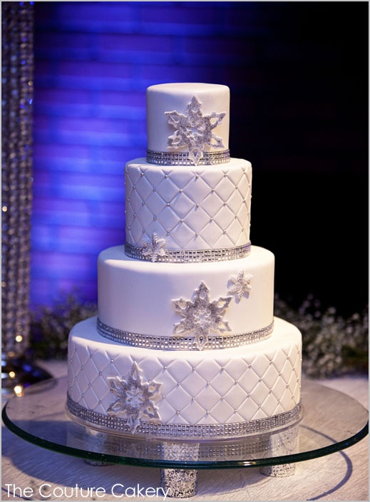Winter Wedding Cakes We Love8 Savvy Chic Avenue