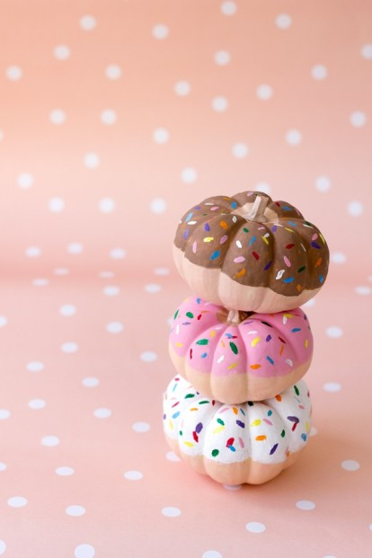 DIY-Donut-Pumpkins3-600x900