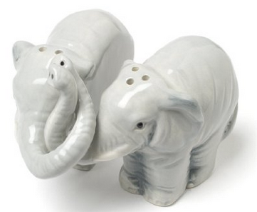 hugging elephants salt and pepper shakers